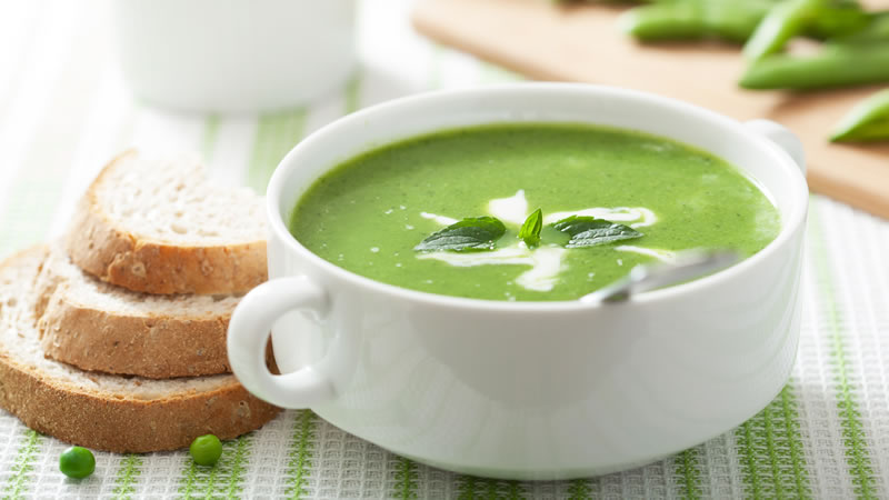 Roasted Garlic and Green Pea Soup