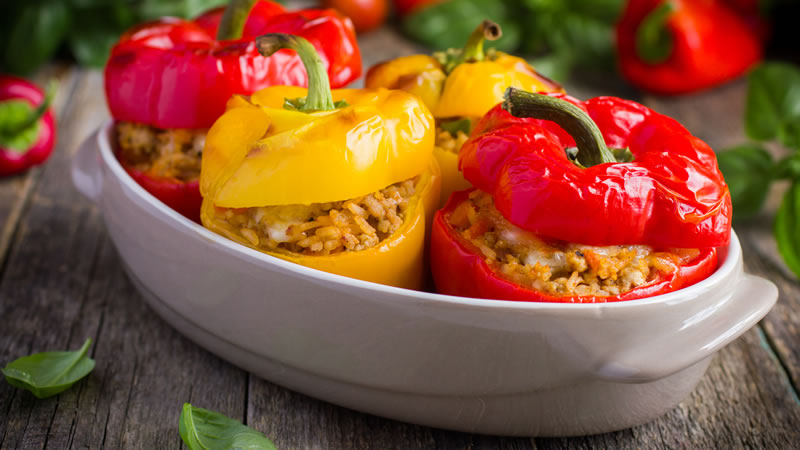 Peppers Stuffed with Rice and Halloumi