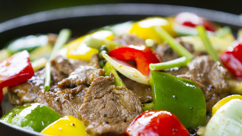 Steak and Peanut Stir Fry